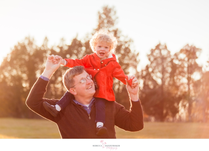 photo of father and daughter in field in Northern Virginia
