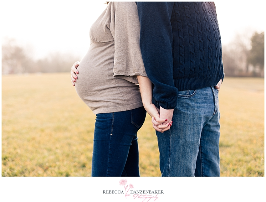 Maternity photographer in Centreville VA