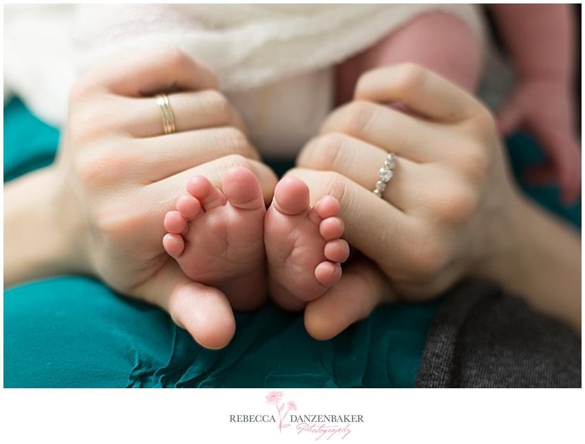 Newborn feet photos Ashburn VA