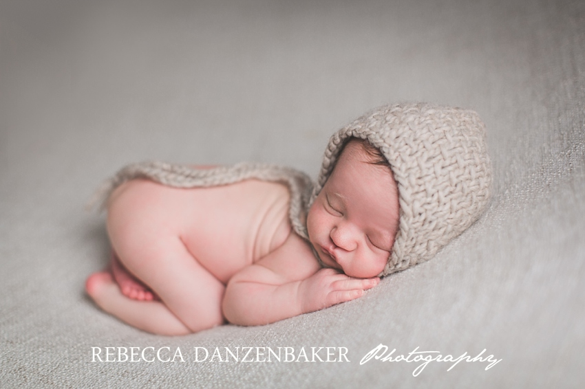 Best newborn photographer in Herndon VA