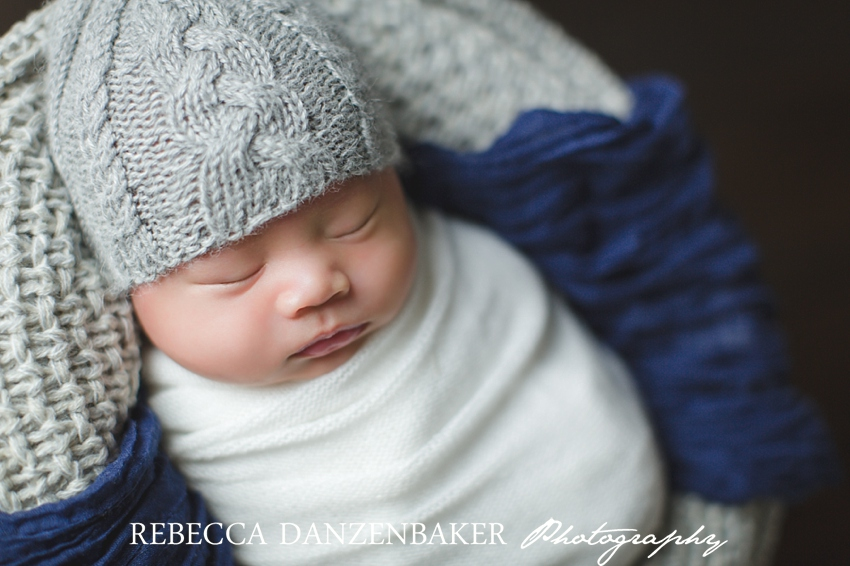Best newborn photographer in Ashburn VA