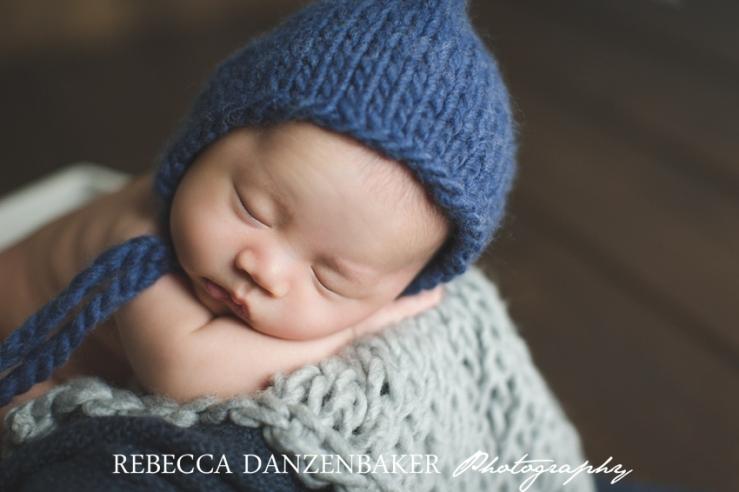 newborn photos in props loudoun county