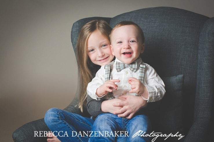 Family studio portraits in Loudoun County