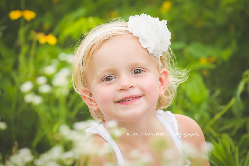 Wildflower summer family photos in Ashburn VA