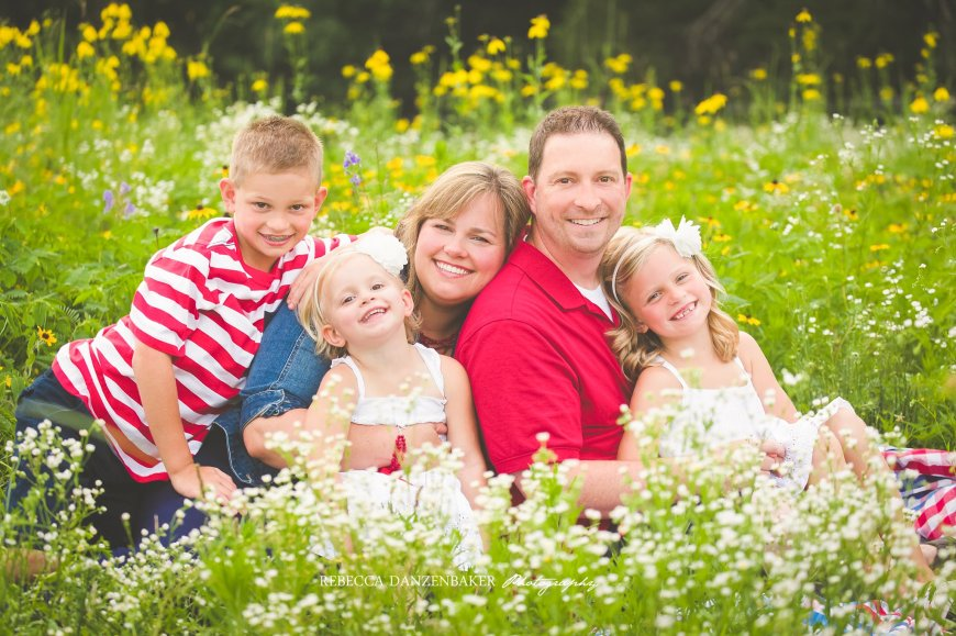 Summer family photos in wildflowers Ashburn VA