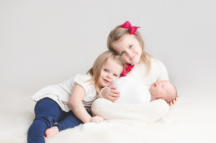 three sisters newborn and sibling photography in Northern Virginia
